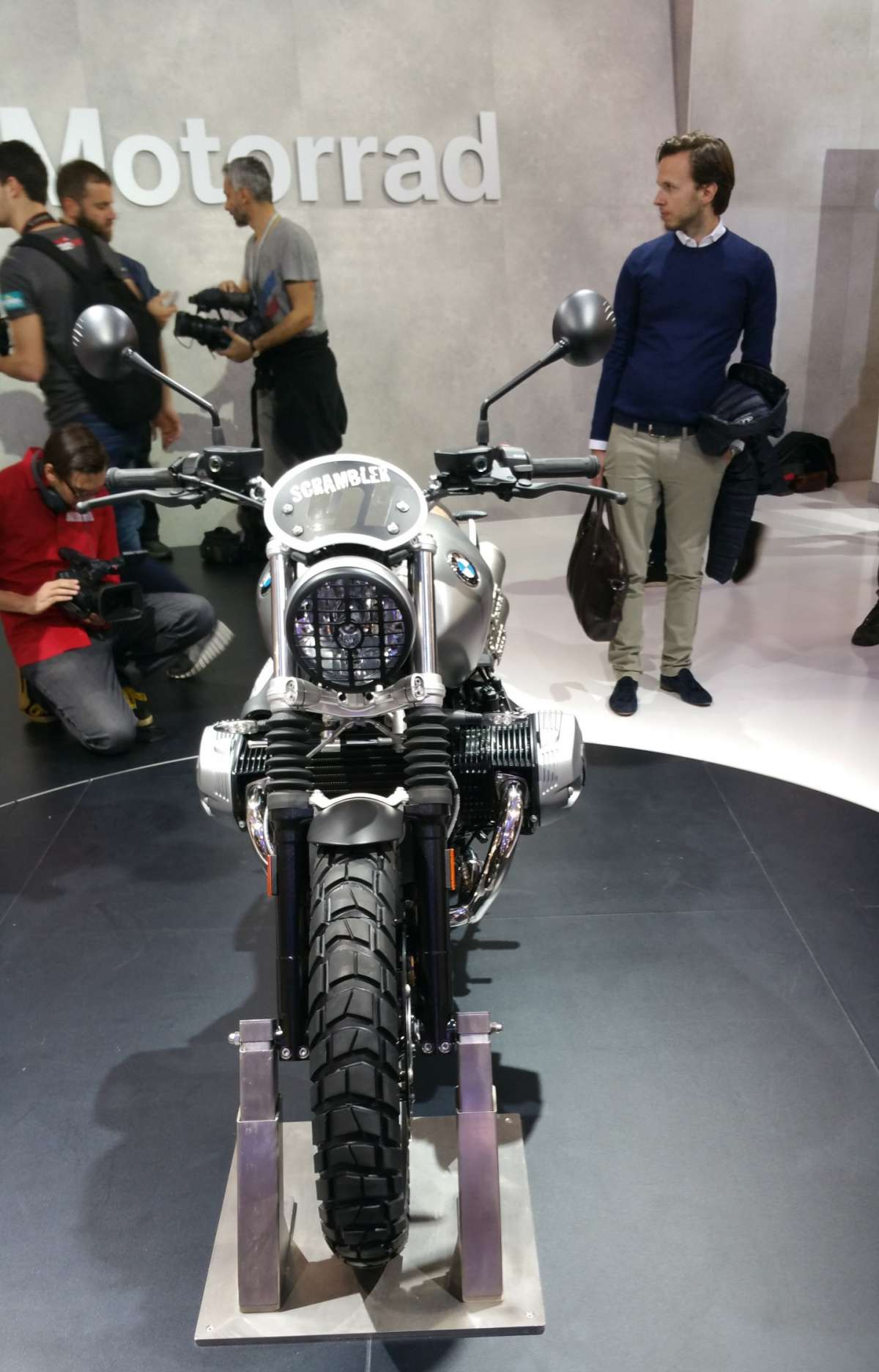 BMW R nineT Scrambler all'EICMA 2015
