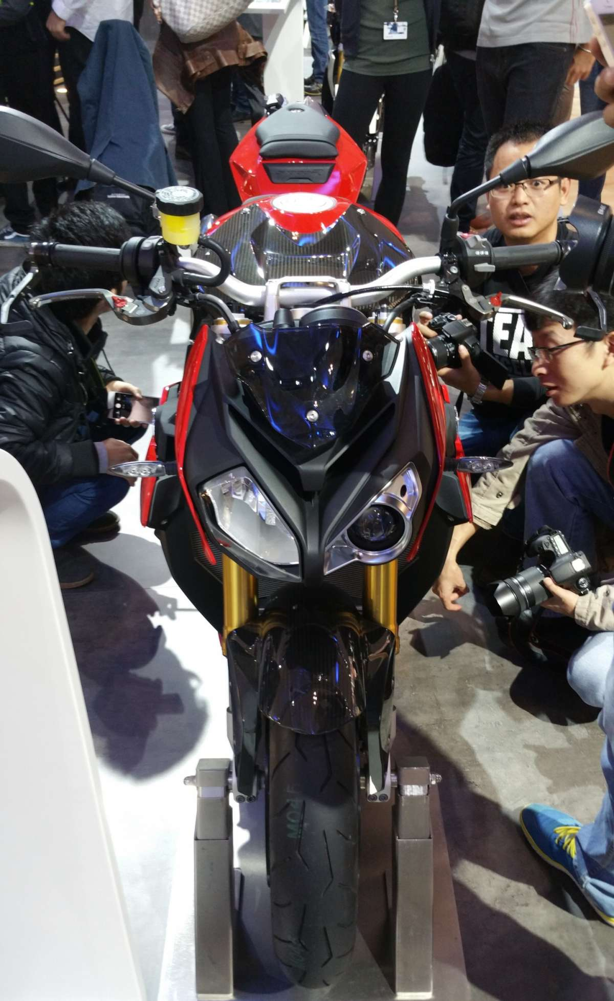 BMW S 1000 R all'EICMA 2015