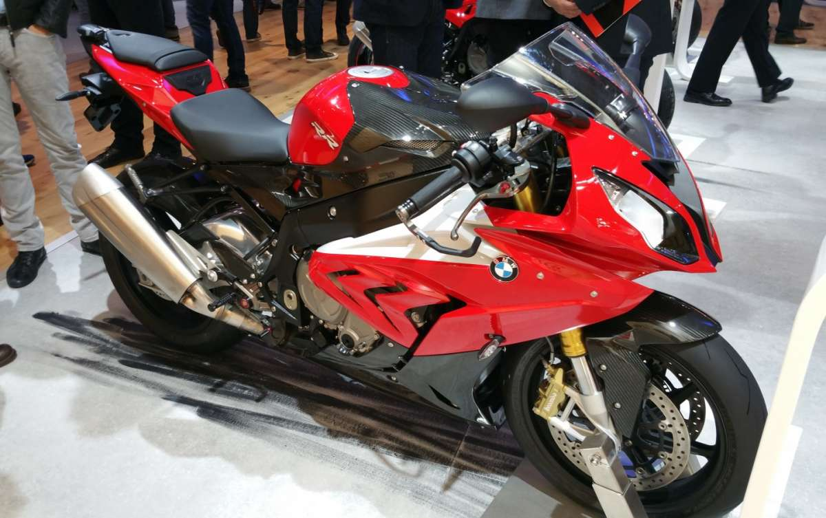 BMW S 1000 RR in livrea rossa