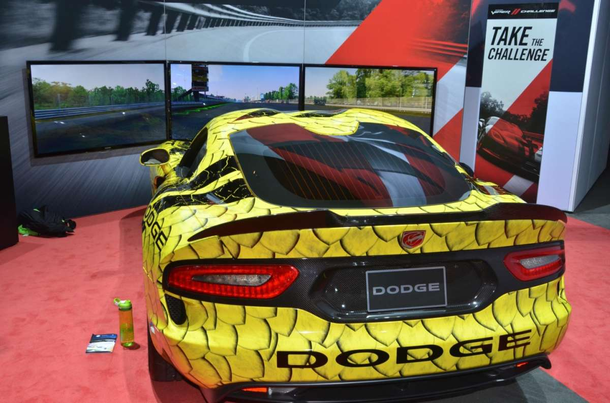 Dodge Viper ACR al Salone di Los Angeles 2015 (2)