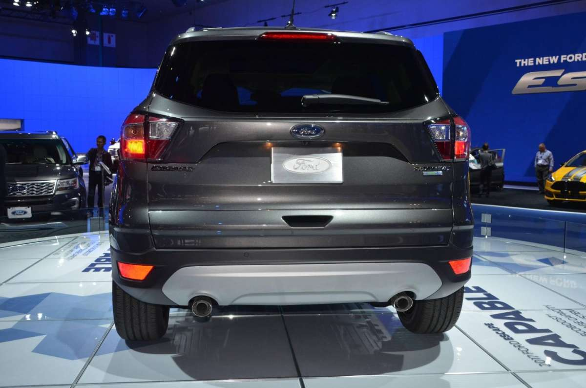 Ford Escape al Salone di Los Angeles 2015 (3)