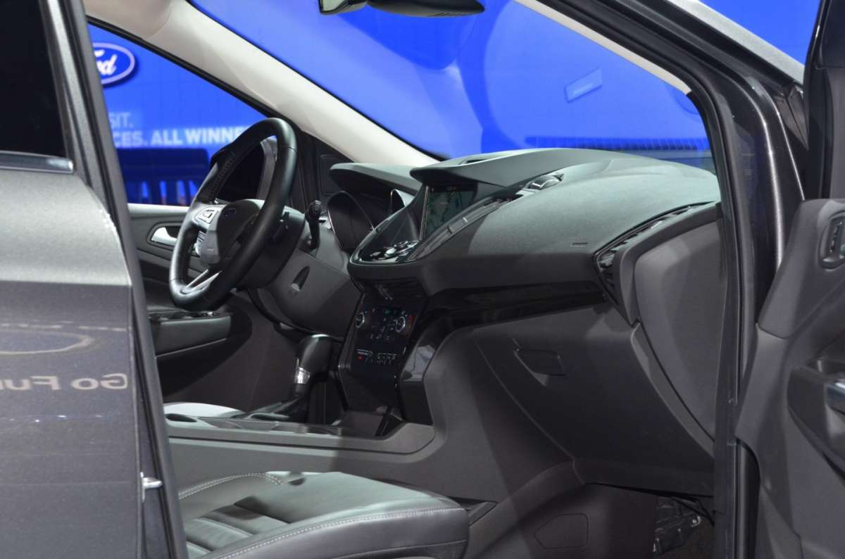 Ford Escape al Salone di Los Angeles 2015 (4)