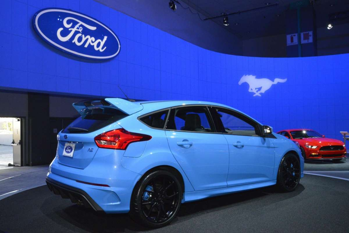 Ford Focus RS al Salone di Los Angeles 2015 (2)