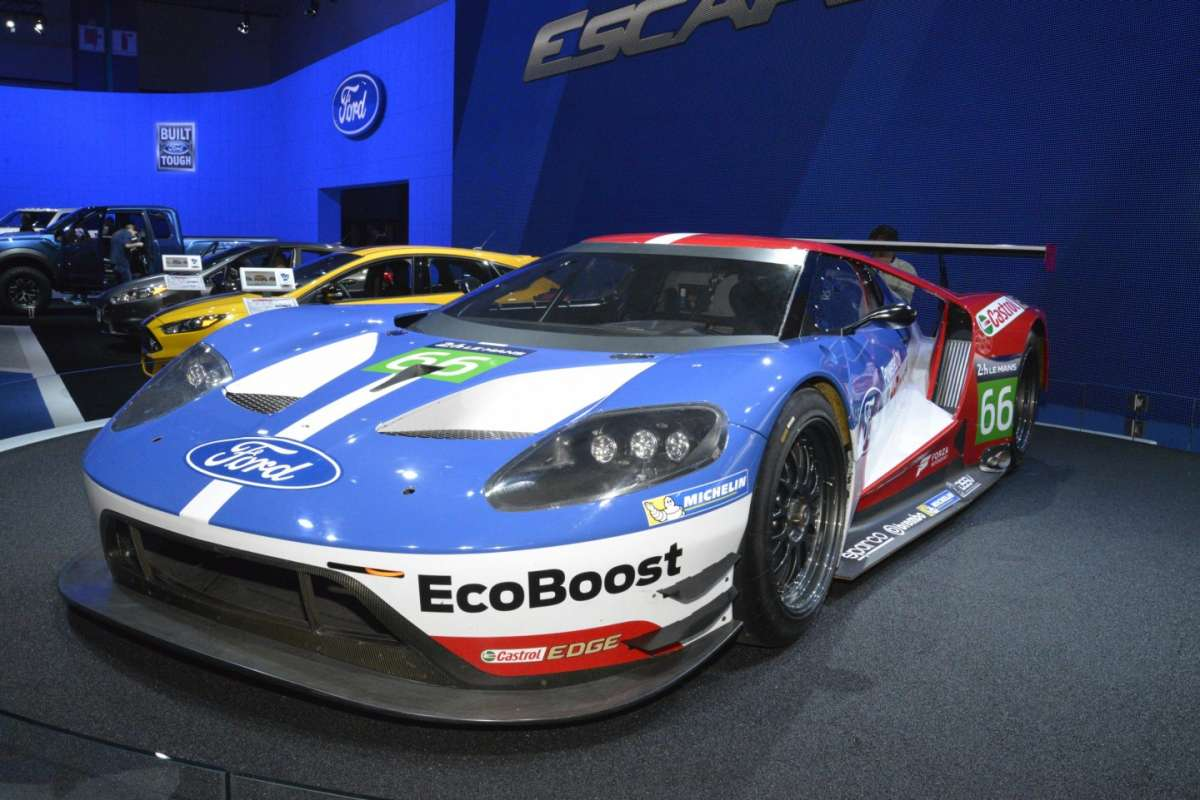 Ford GT al Salone di Los Angeles 2015 (4)