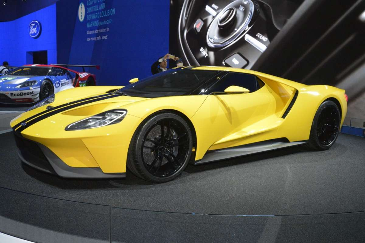 Ford GT al Salone di Los Angeles 2015 (5)
