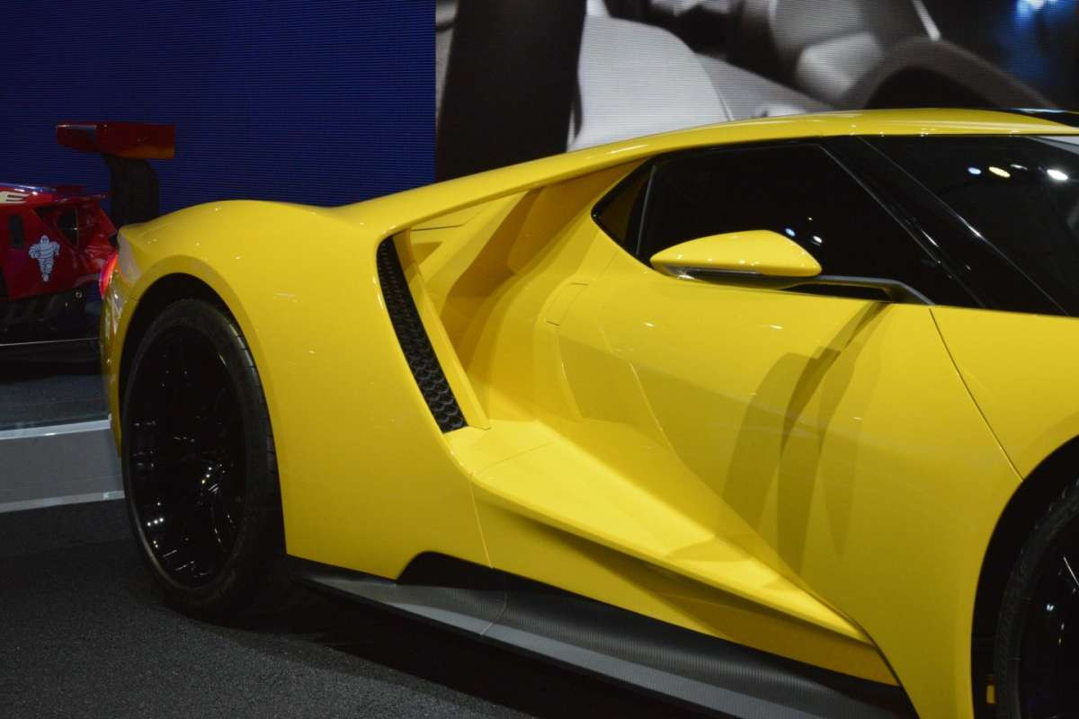 Ford GT al Salone di Los Angeles 2015 (7)