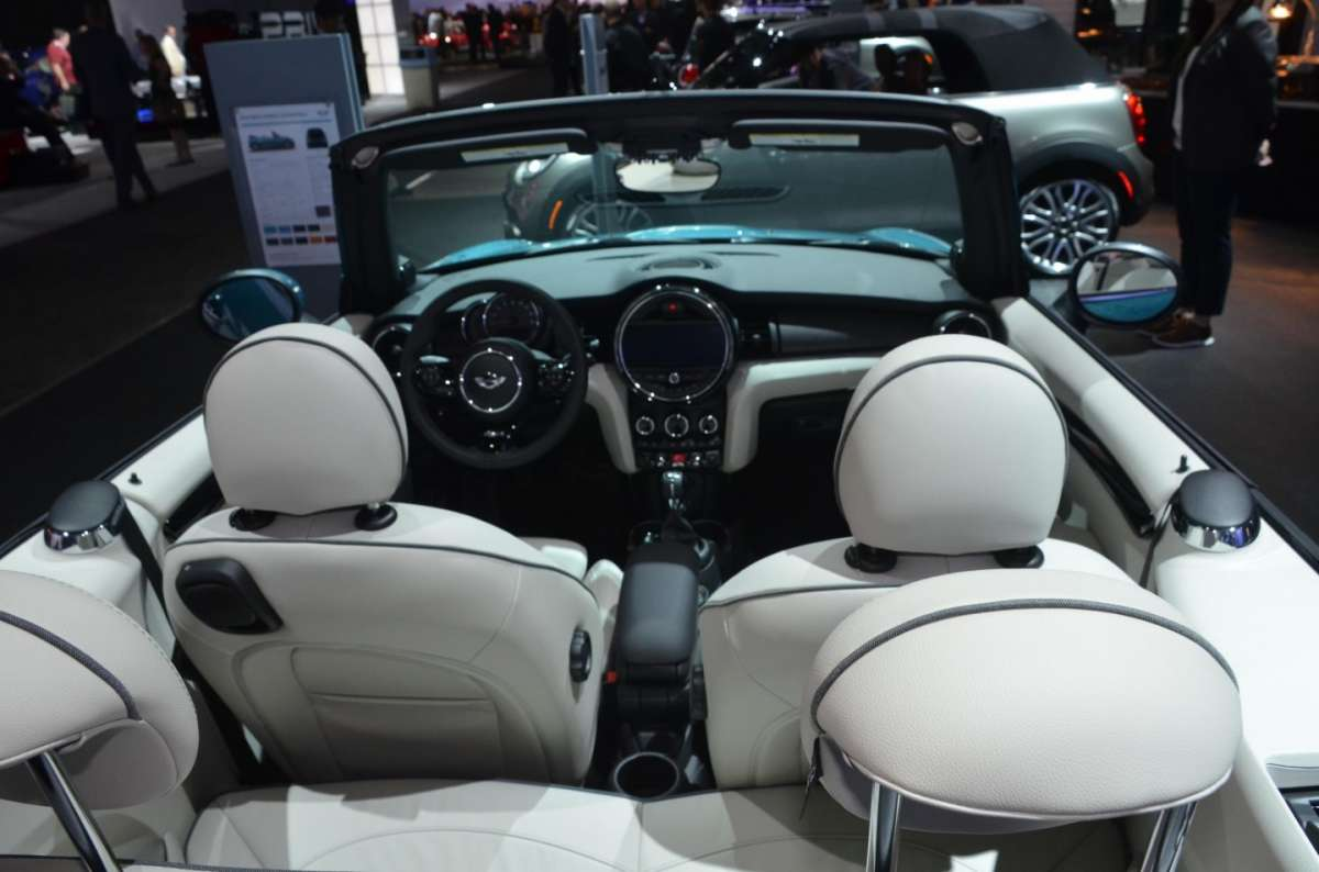 Mini Cabrio al Salone di Los Angeles 2015 (3)