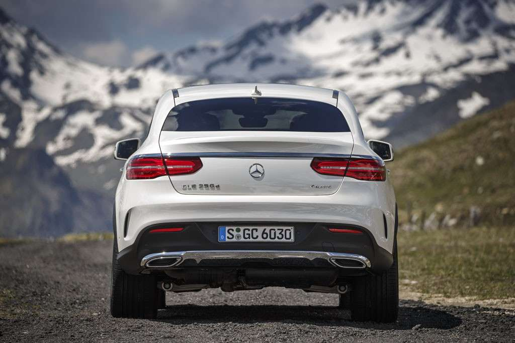 Mercedes GLE Coupé 2016 design posteriore