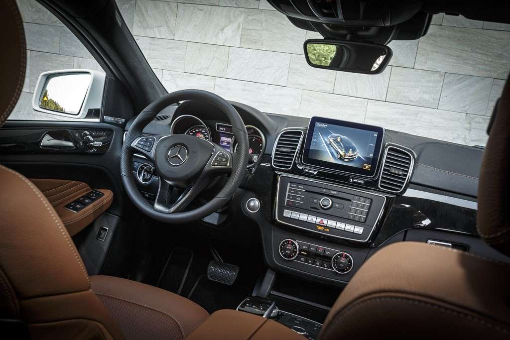 Mercedes GLE Coupé 2016 interni