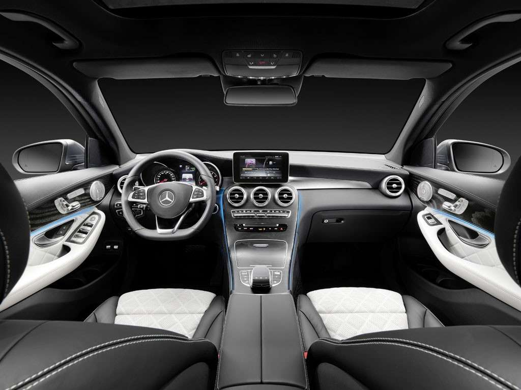 Mercedes GLC 2016 interni