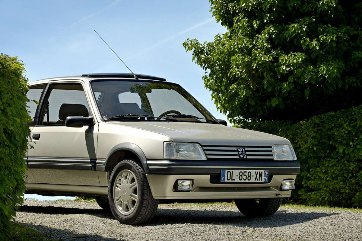 Peugeot 205 Gentry laterale anteriore