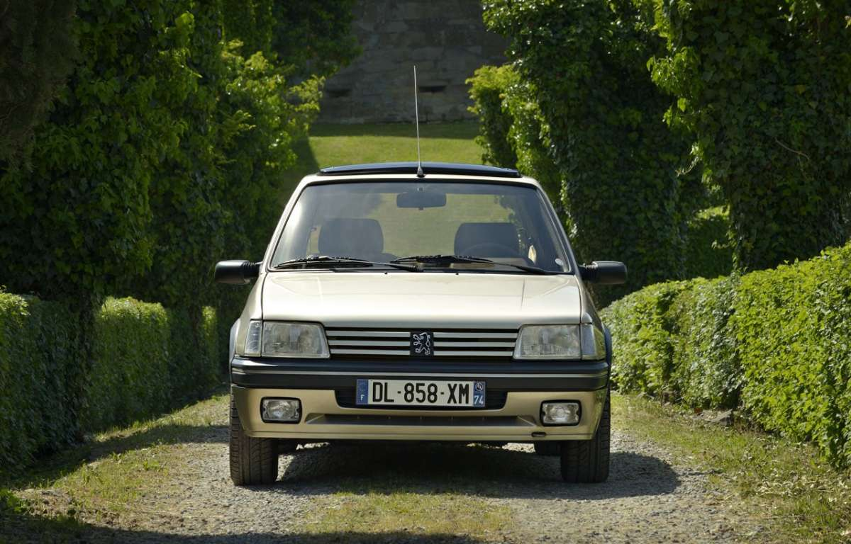 Peugeot 205 Gentry frontale