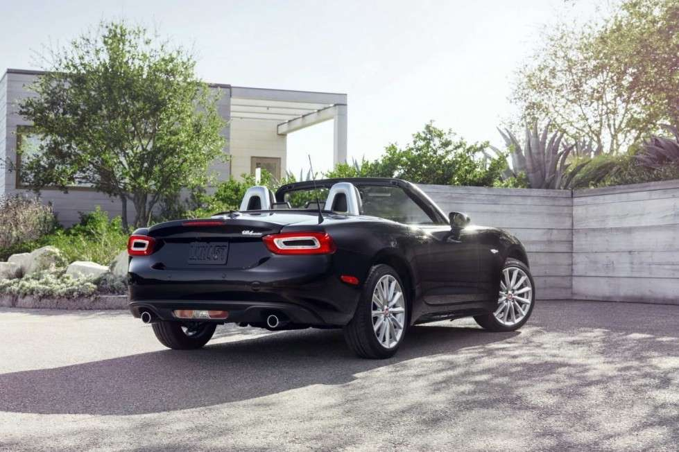 Fiat 124 Spider look favoloso