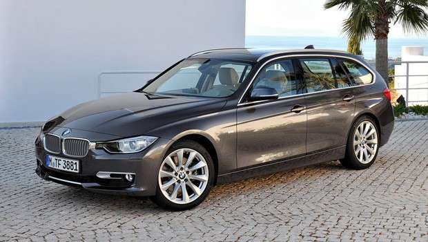 BMW Serie 3 Touring in pieno stile BMW