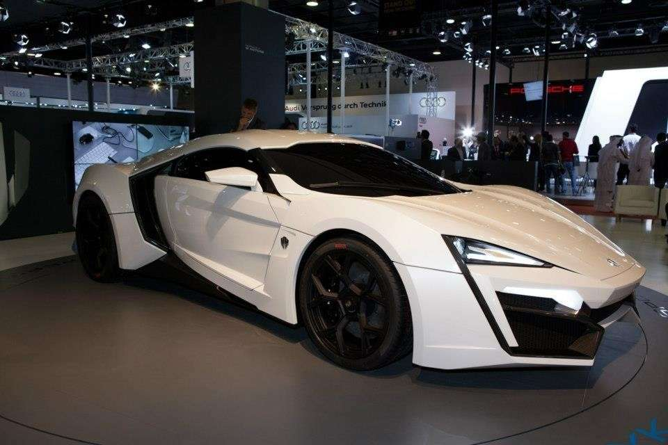 W Motors Lykan Hypersport muso
