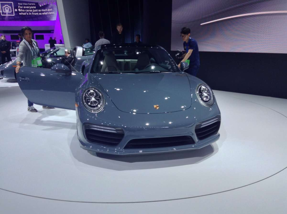 Porsche 911 Turbo S facelift