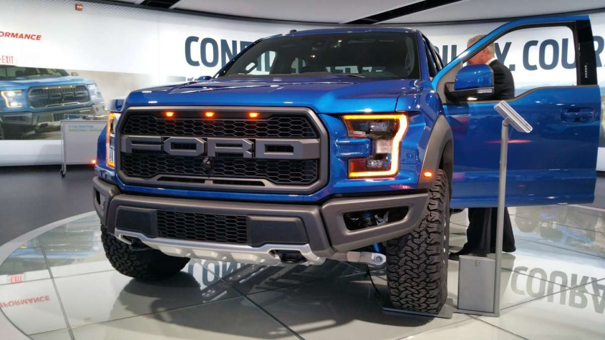 Ford F-150 Raptor al Salone di Detroit 2016 (1)