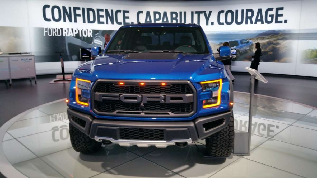 Ford F-150 Raptor al Salone di Detroit 2016 (2)