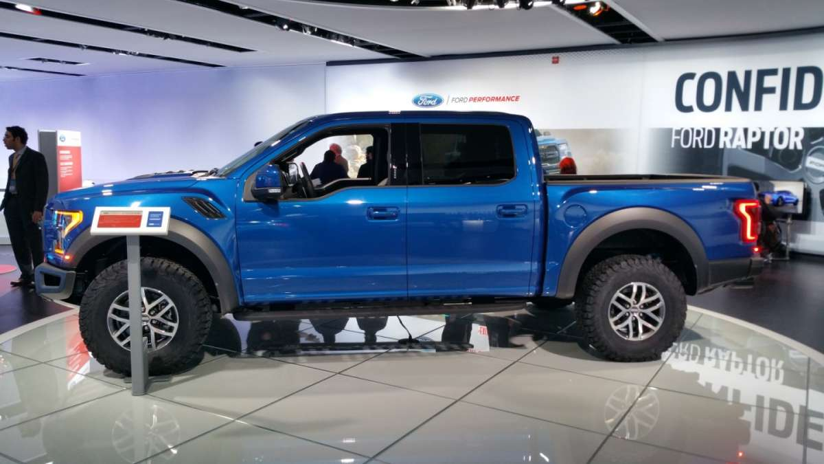 Ford F-150 Raptor al Salone di Detroit 2016 (3)