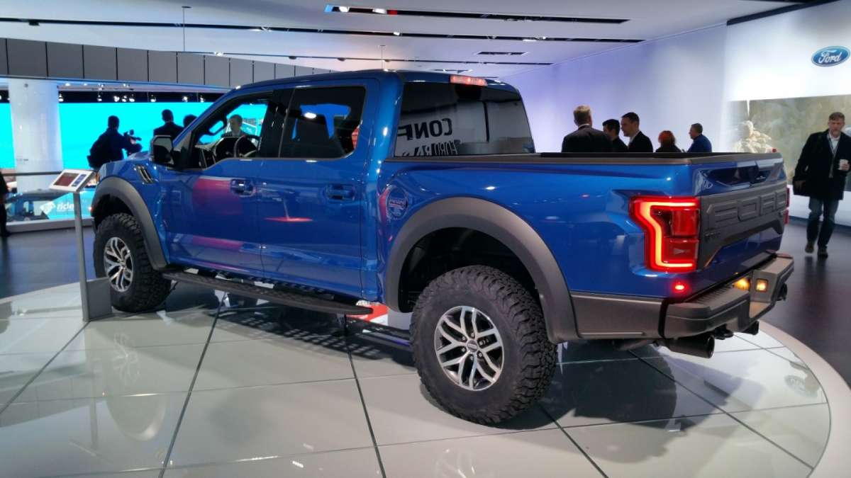 Ford F-150 Raptor al Salone di Detroit 2016 (4)