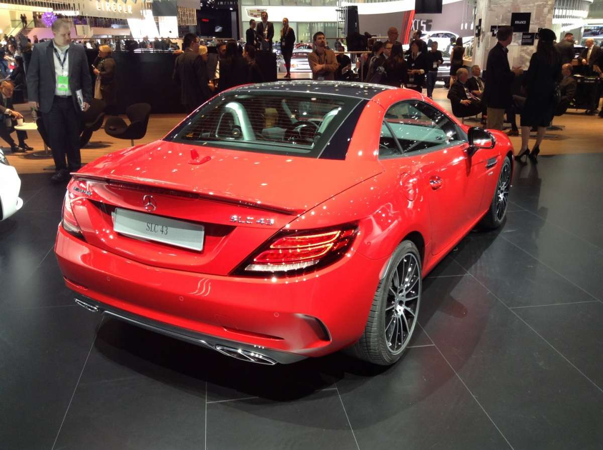 Mercedes-Benz SLC, molto aggressiva