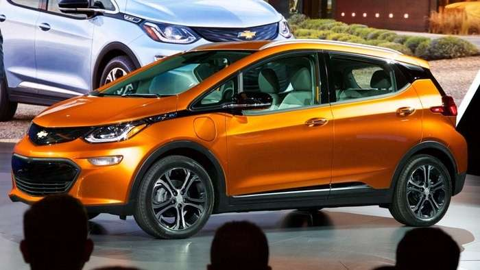 Chevrolet Bolt EV al Salone di Detroit 2016