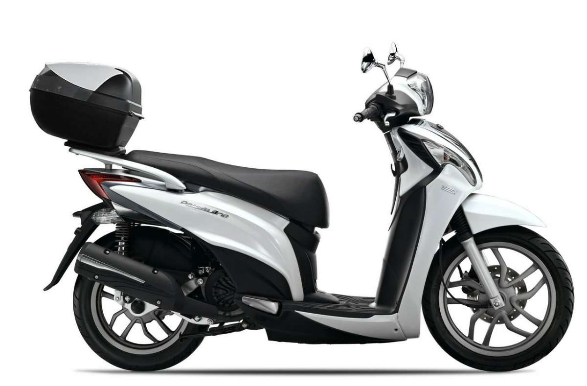 Kymco People One 125i fiancata