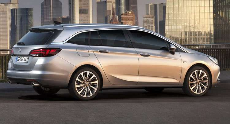 Opel Astra Sports Tourer nuovo look