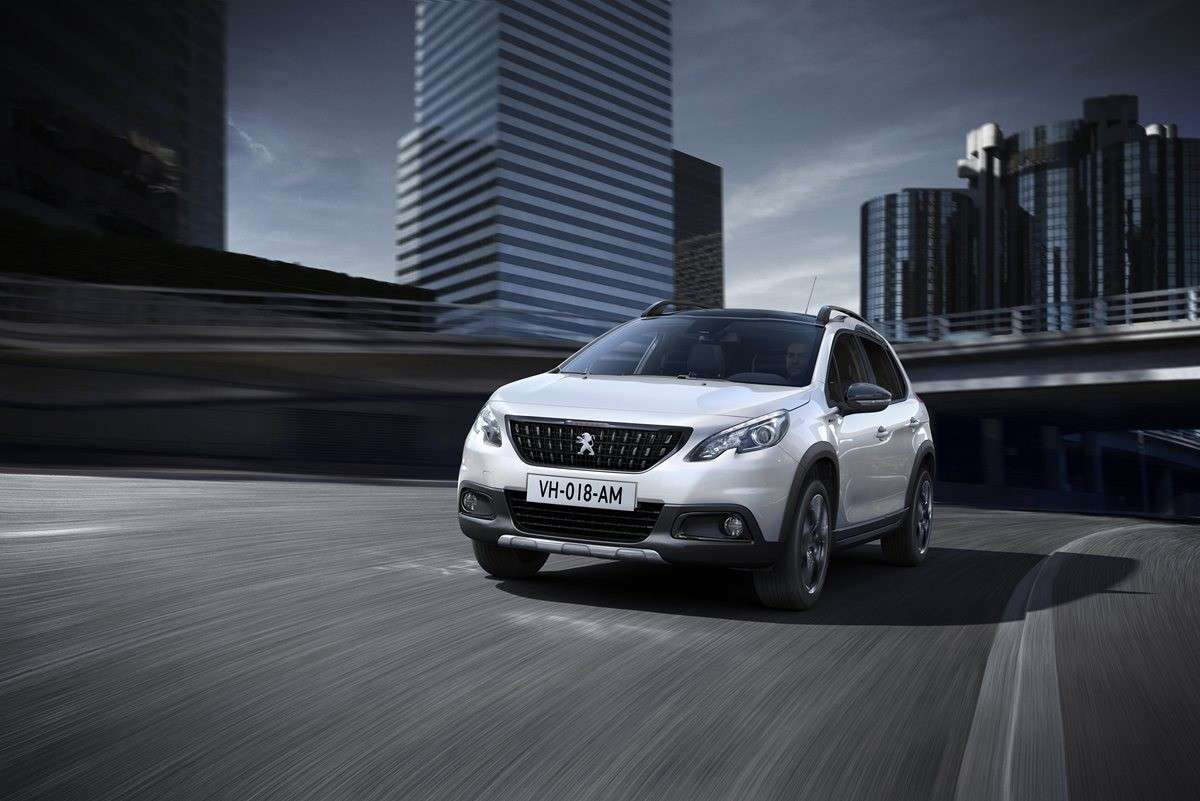 Peugeot 2008 restyling 2016, anteriore