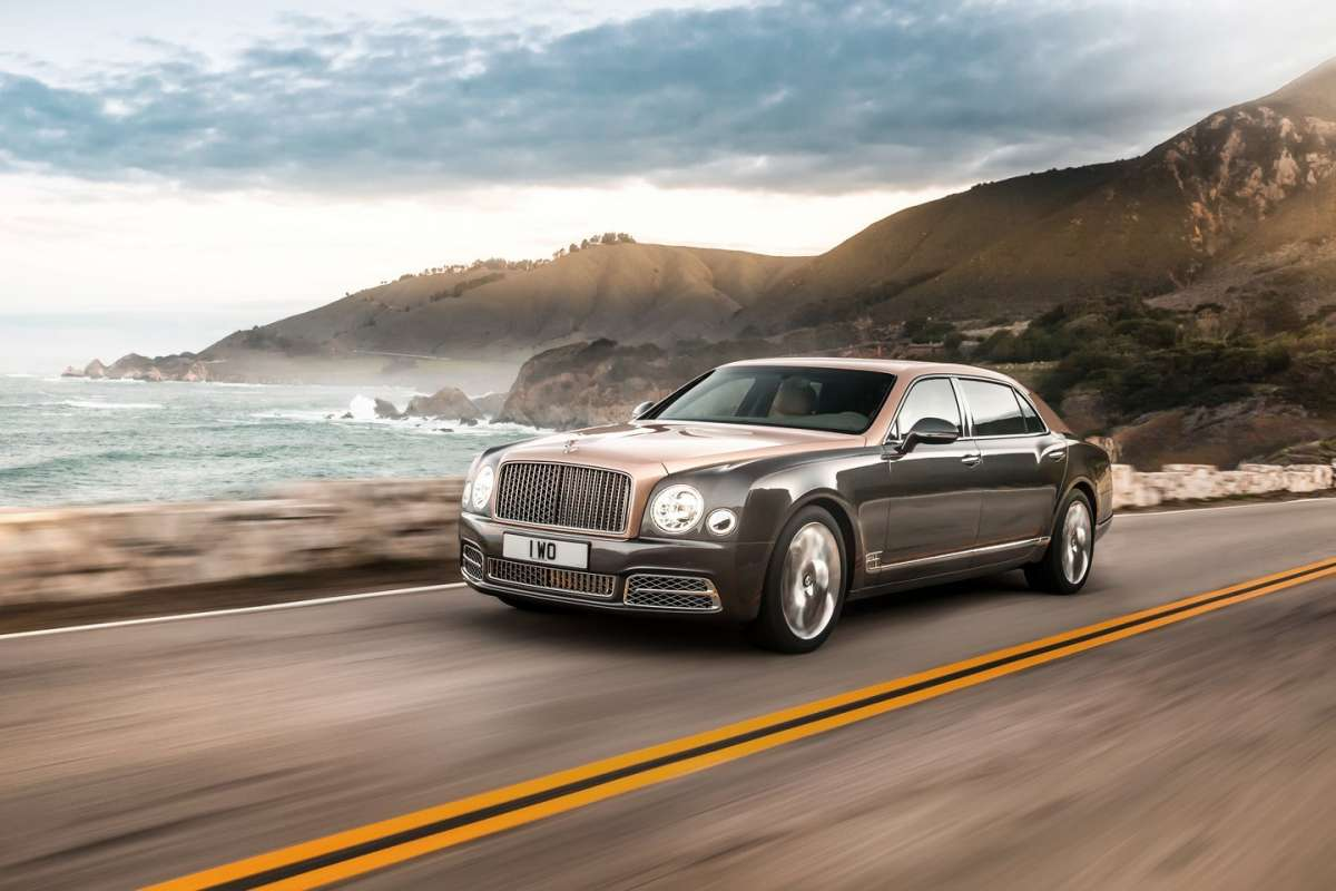 Bentley Mulsanne 2016 restyling