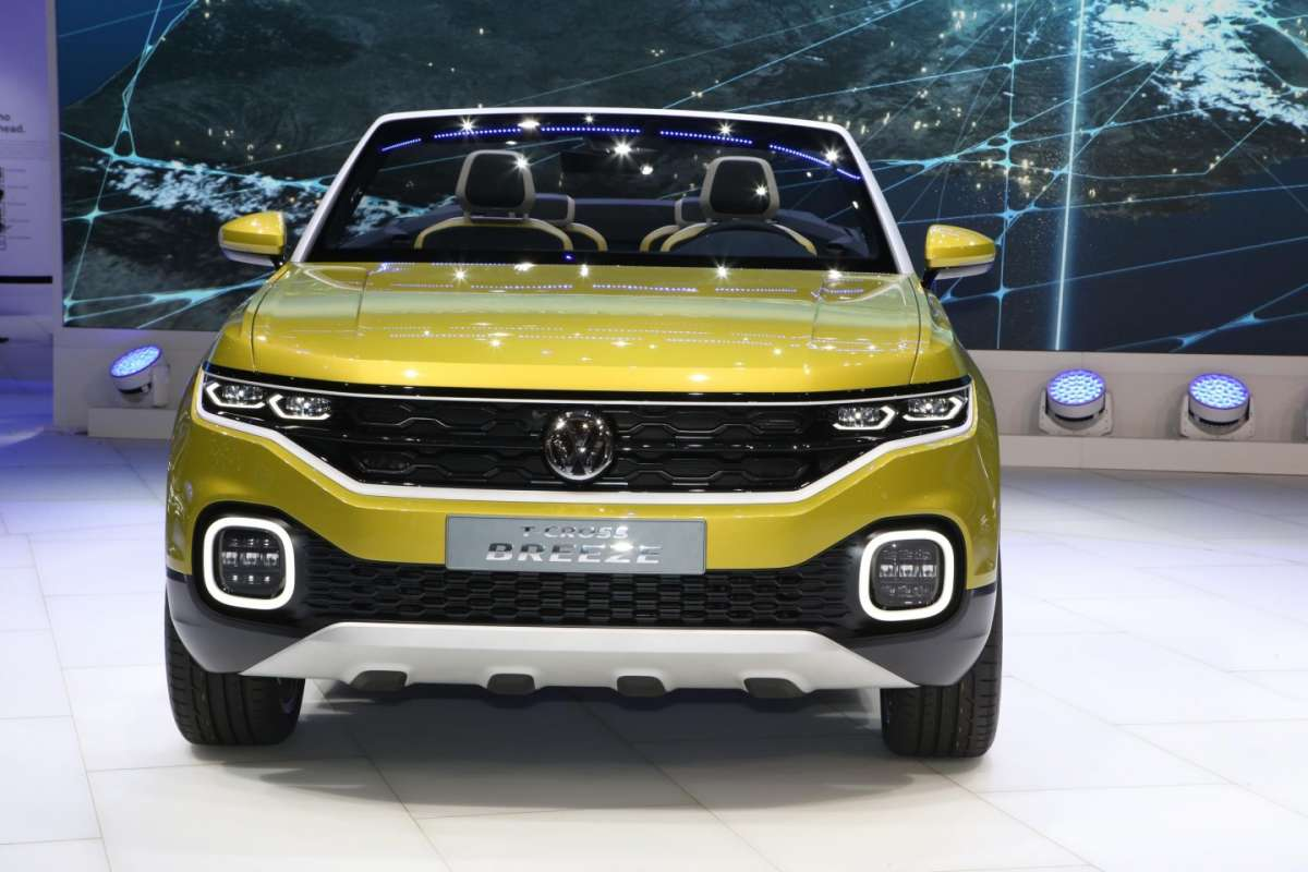 Fari a led di Volkswagen T-Cross Breeze, Salone di Ginevra 2016
