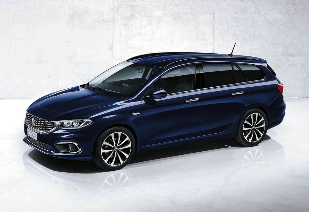 Fiat Tipo station wagon 2016 blu scuro