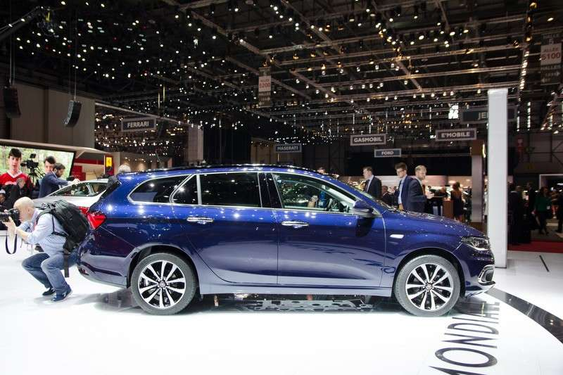 Fiat Tipo station wagon 2016 LIVE