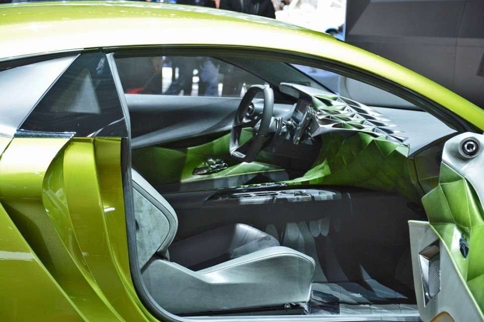DS E-Tense interni