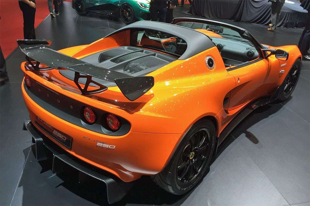 Lotus Elise Cup 250 posteriore