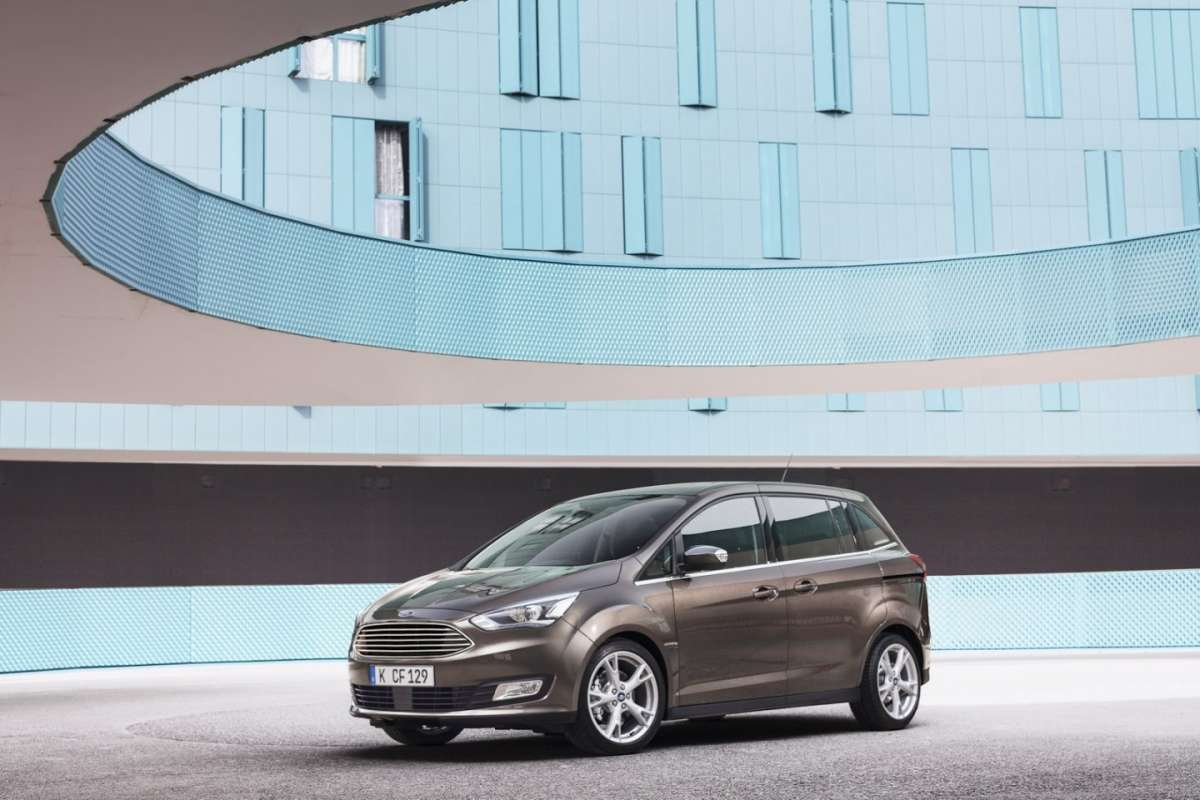 Muso Ford C-Max restyling