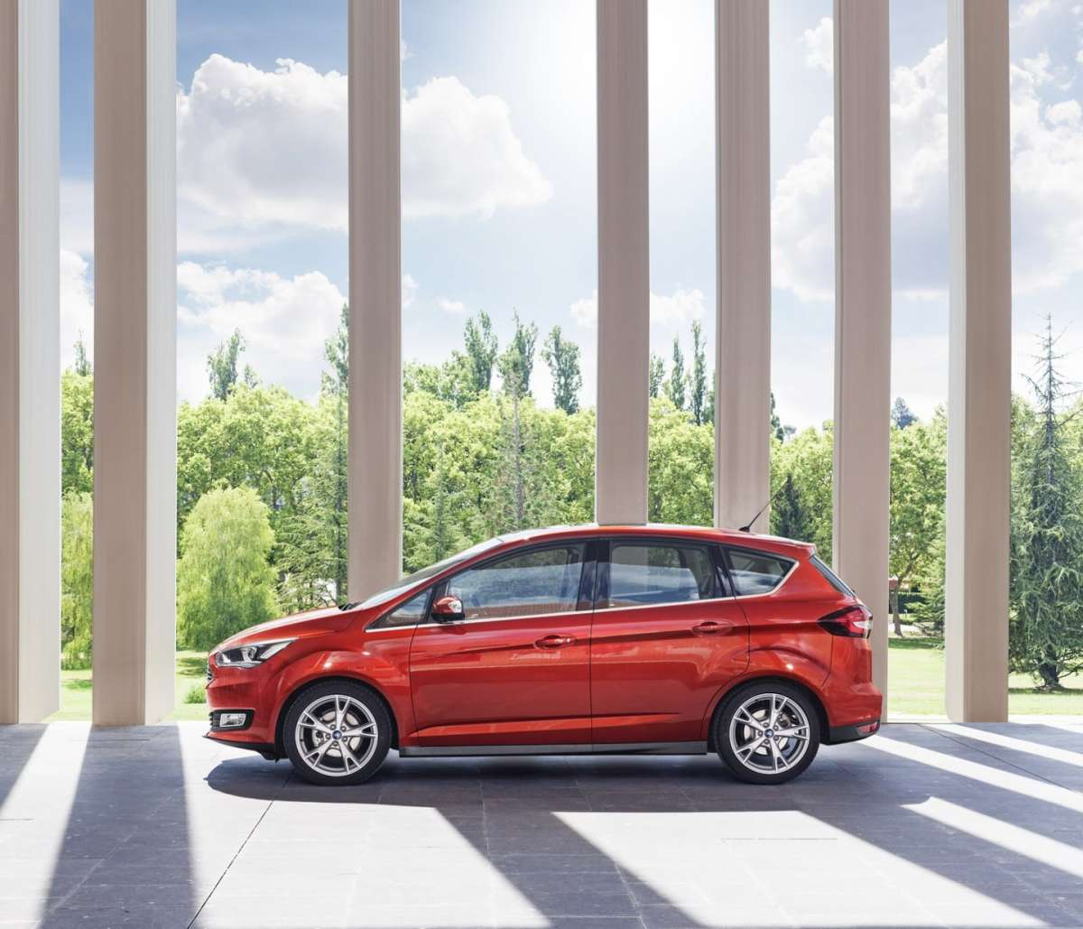 Dimensioni Ford C-Max restyling