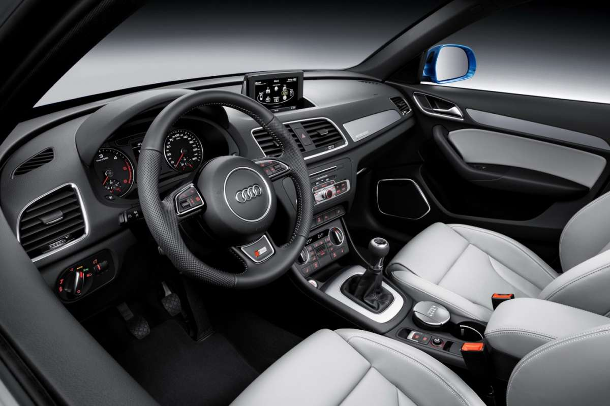 Interni Audi Q3 restyling