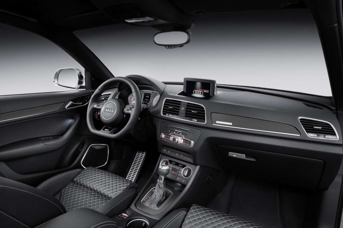 Audi RS Q3 restyling interni