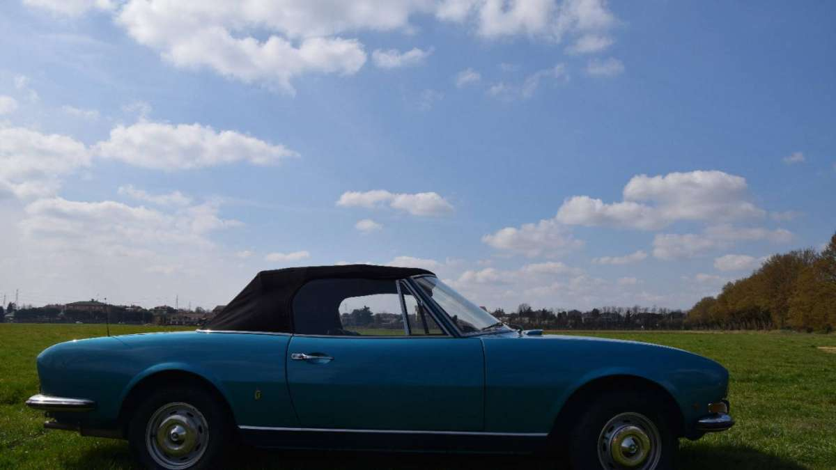 Peugeot 504 Cabriolet linea by Pininfarina