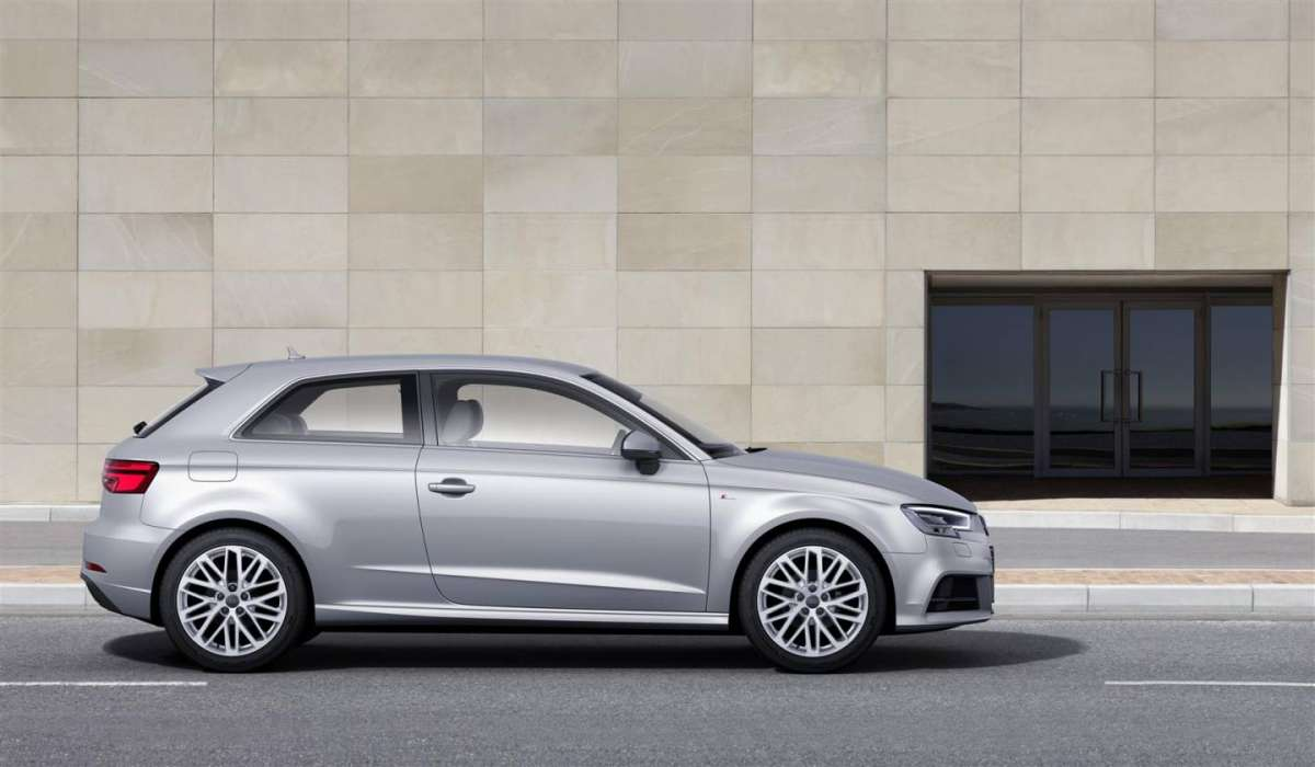 Audi A3 restyling con motore 1,0 TFSI