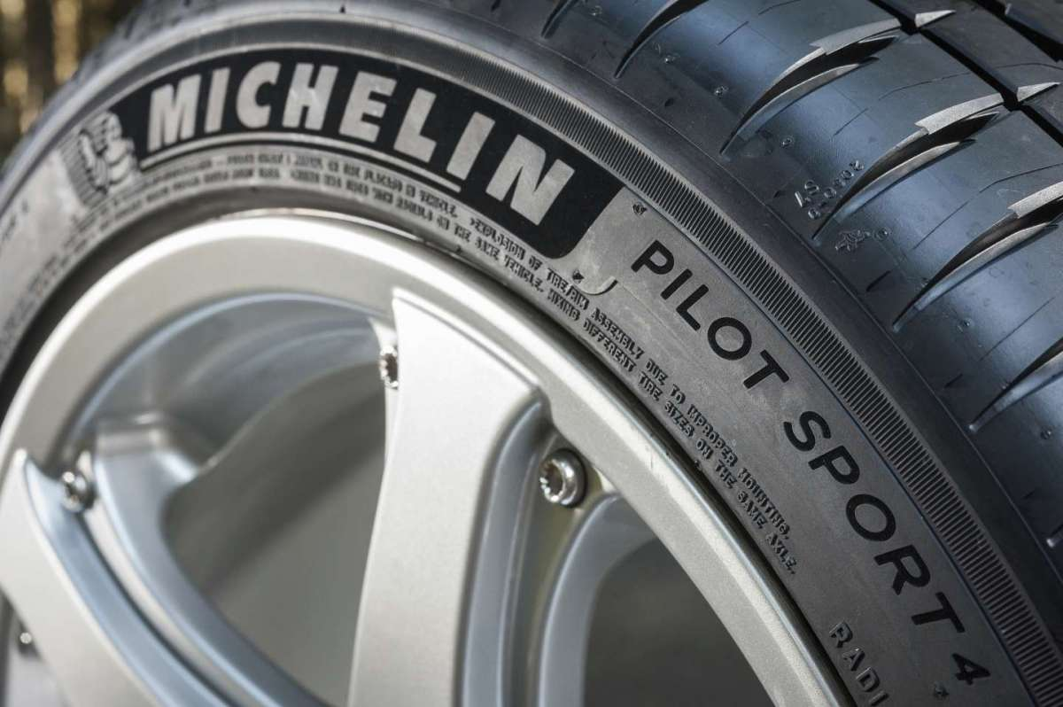 Michelin PS4