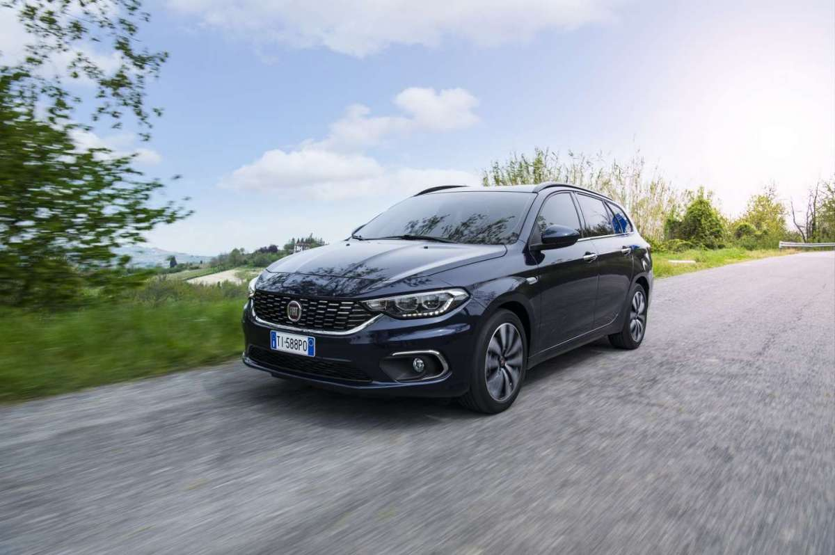 Luci a LED Fiat Tipo SW 2016