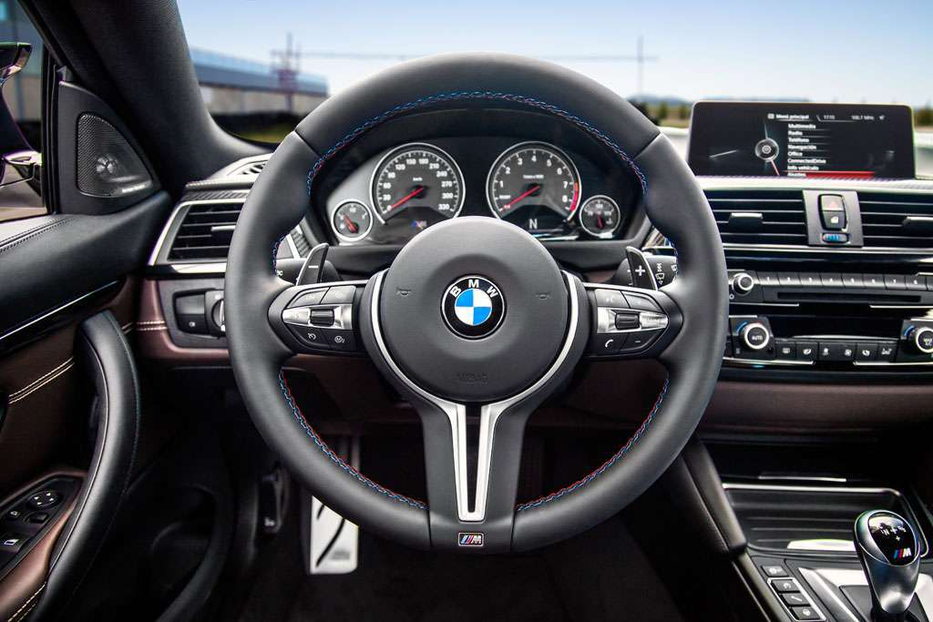 BMW M4 Competition Sport volante