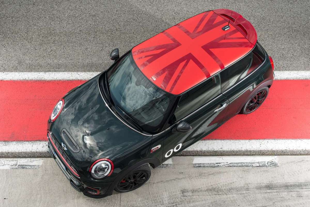 Mini John Cooper Works Challenge Edition tetto