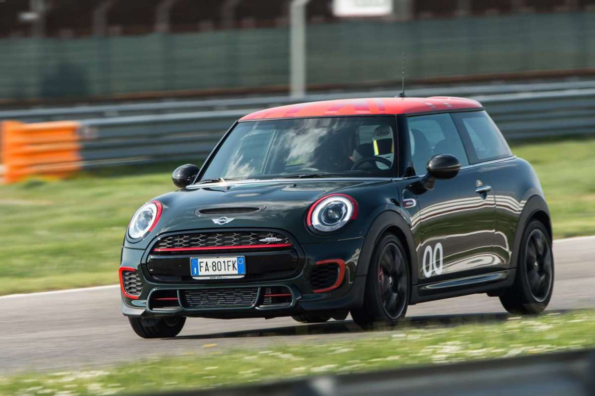 Mini John Cooper Works Challenge Edition