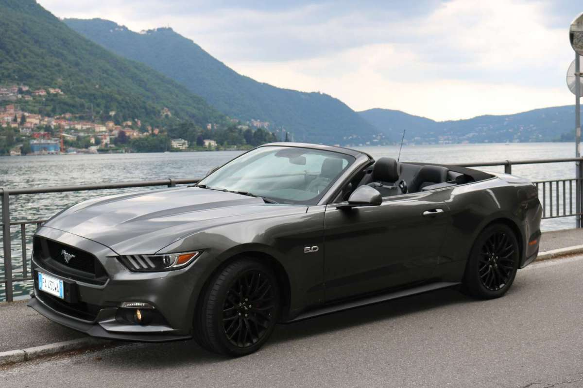 Ford Mustang Cabrio 2016 frontale