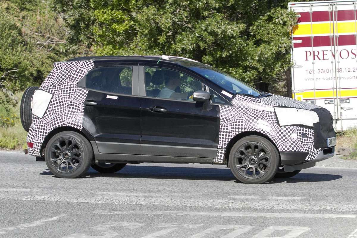 Ford Ecosport 2018 restyling linea