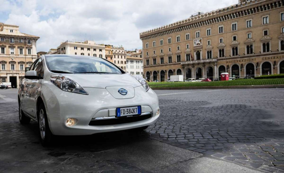 Nissan Leaf Enel Edition frontale