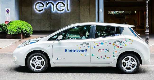 Nissan Leaf Enel Edition laterale